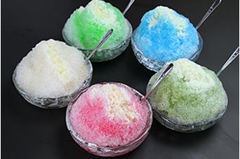 多摩源流水のかき氷 練乳付<br />イチゴ、メロン、抹茶、ブルーハワイ